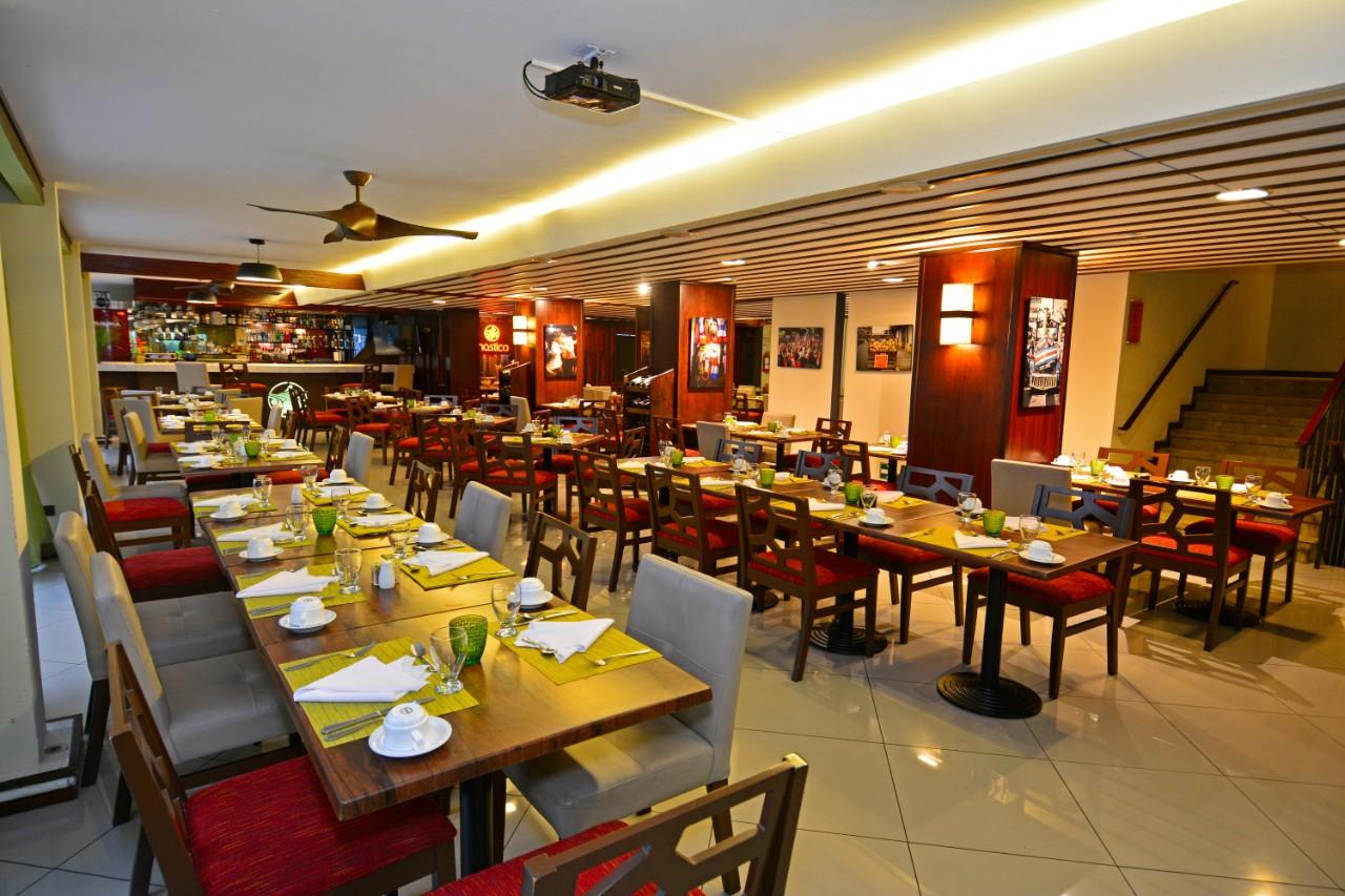 hotel sabana buffet costa rica